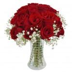 vaso com rosas vermelhas + gipsophila